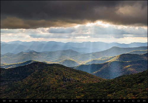 northcarolina nc wnc blueridgeparkway light rays lightrays sunbeams crepuscular mountains appalachians appalachia blueridge outdoor scenic asheville mountain landscape photography appalachian scenery outdoors nature outdoorphotographer