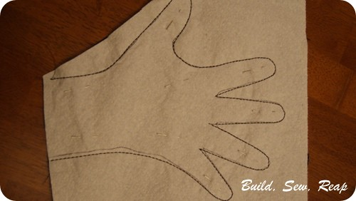 Costume gloves by Julie at Build, Sew, Reap