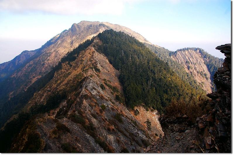 干卓萬斷崖(東南向西北望) 2