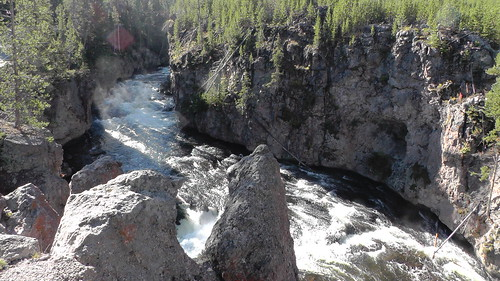 S1390003_Firehole_Canyon