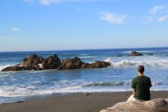 Rest, smell and feel chills on Pacific Ocean