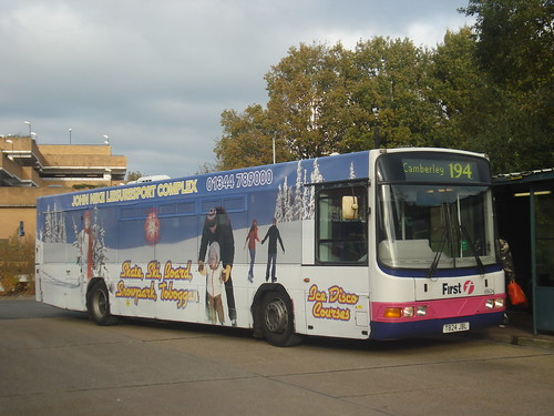 First Beeline 65624 on Route 194, Bracknell