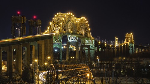longexposure bridge winter sky ontario night arch unitedstates michigan railway wintersolstice saultstemarie lightstreak liftbridge 16x9 15seconds internationalbridge movablebridge stmarysriver verticalliftbridge colorefex 49783 saultstemarieinternationalbridge internationalrailroadbridge brilliancewarmth americanspan detailextractor fujixe1 westportageavenuebridge