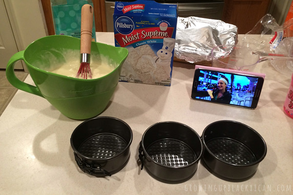 Three Wise Men Mini Cakes_make batter use mini cake pans