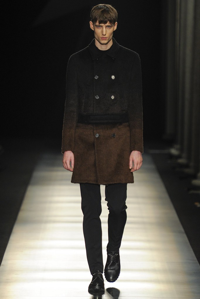 FW14 Milan Neil Barrett013_Laurie Harding(VOGUE)