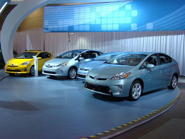 Toyota Prius Family 2014 CIAS