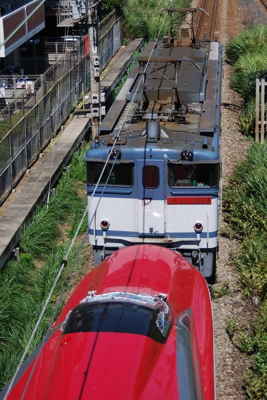 EF65-2067+E6(Shinkansen)
