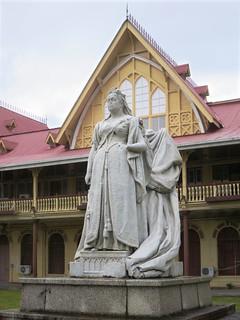 Image of  Queen Victoria Statue. guyana georgetown