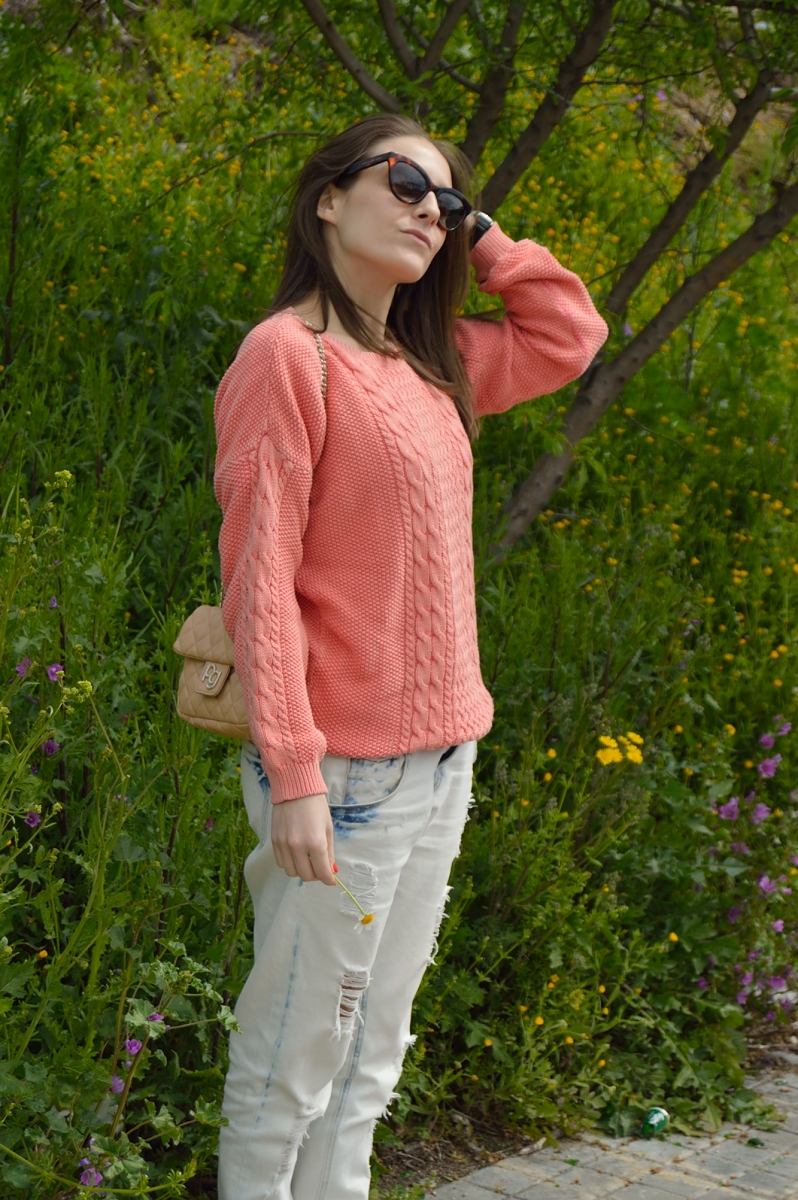 lara-vazquez-madlula-blog-fashion-trends-look-coral