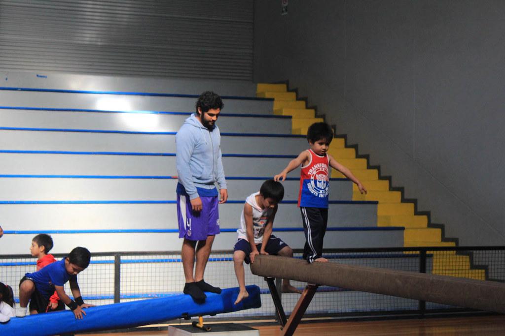 Padres e hijos de la gimnasia artística disfrutaron de una jornada en conjunto
