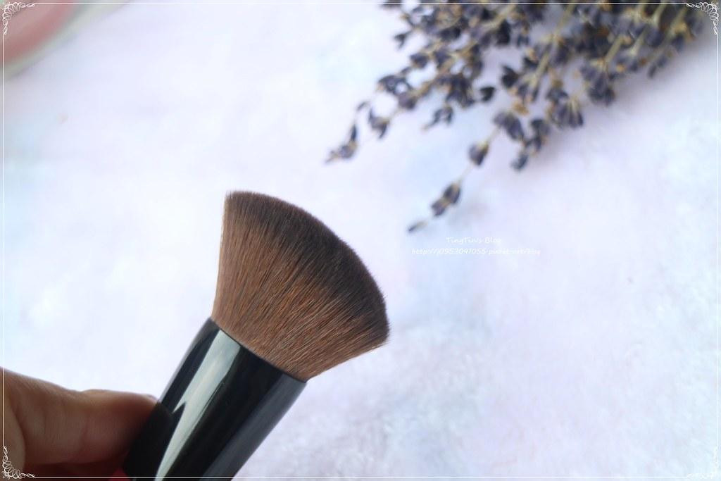 BeautyMaker粉底刷 (1)