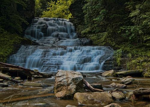 summer ny newyork creek waterfall waterfalls fingerlakes da1645 moraviany fillmoreglen nystatepark cayugacountyny pentaxk30