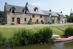 Canal d'Ille et Rance, Brittany - Photo of La Baussaine