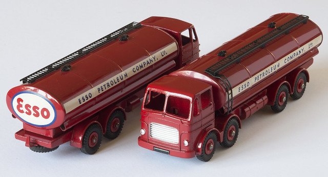 Dinky Toys Leyland Octopus ESSO Tankers
