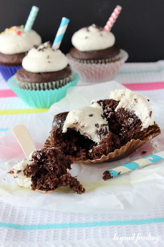Chocolate cupcakes with root beer extract and fluffy vanilla frosting