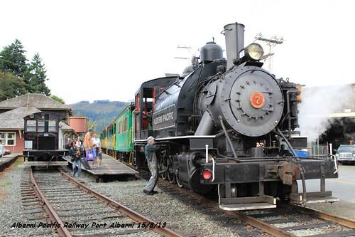 train riverside walk trains trail portalberni alberni mcleanmill albernipacificrailway wjiwalksblogspot