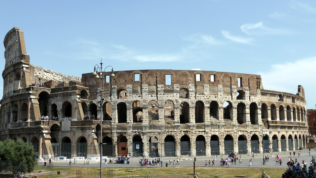 The COlosseum. License Attribution Some rights reserved by Sean MacEntee http://www.flickr.com/photos/smemon/9555665573/sizes/l/