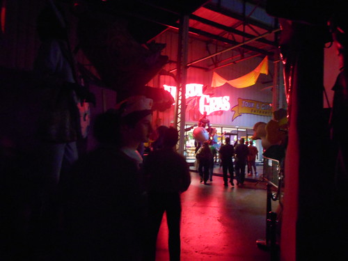 mardi gras world (2)