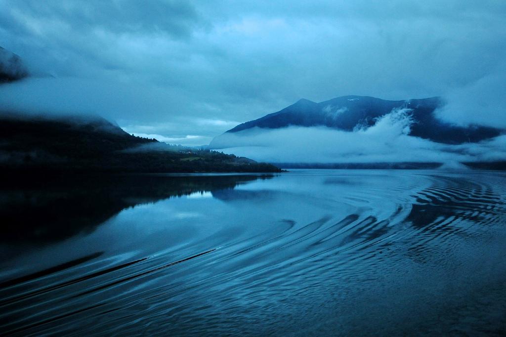8. Misterios al amanecer. Autor, Paolo Camera