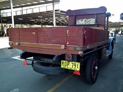 1925 Graham Brothers 1 ton table top truck