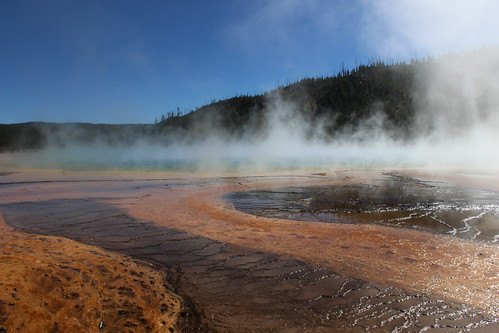 IMG_2130_Grand_Prismatic_Spring_in_Midway_Geyser_Basin