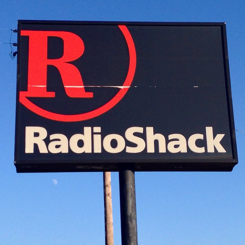 RadioShack sign. photo by blue maumau