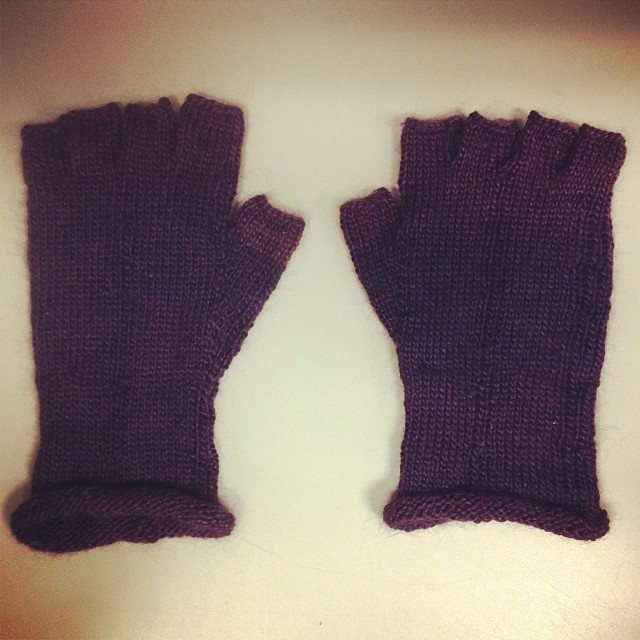 Oh my gosh, I actually finished them in time! It took knitting al through my lunch hour and both rest breaks, but it happened. Since he's not on Instagram, I had to share my success. He'll get them tonight.