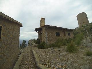 Excursion torre defensiva de Sa Mola de Tuent Mallorca