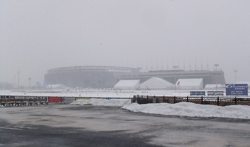 #SnapShot | #MetLife Stadium & Original #Meadowlands Grandstand Earlier Today Preparing For #SuperBowl #SB48 #Snow