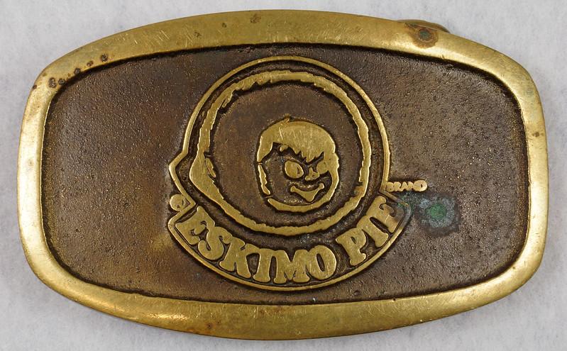 RD15316 Vintage Eskimo Pie Brand Brass Belt Buckle Advertising DSC09217