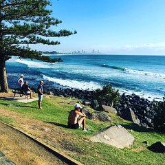 Great morning #surf looks good a few #surfers enjoying less crowded #waves #goldcoast #beachlife #cycling #wymtm #cycle #cyclinglife