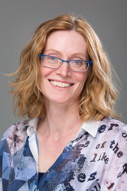 Dr. Elke Howe