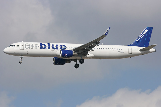 AP-BMW - A321-211 - Air Blue