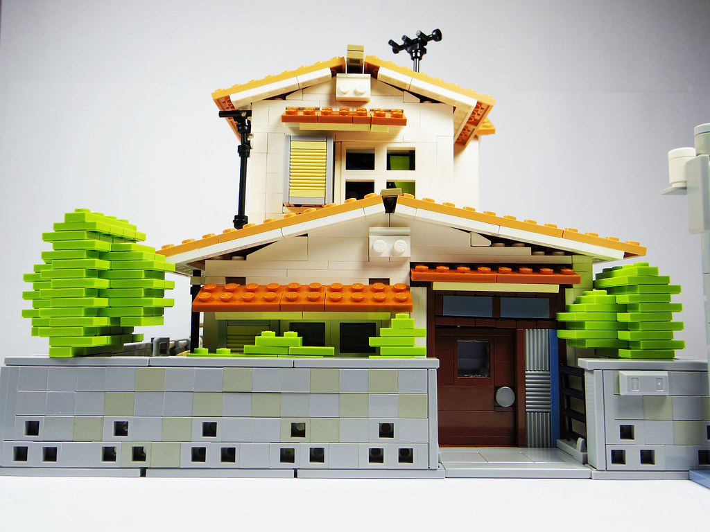 Nobita House (custom built Lego model)