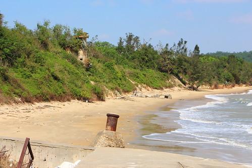 Mer, 11/02/2016 - 12:10 - Dōnggǎng 東崗 (Lièyǔ) - spiaggia 沙: fortezza L-002 據點