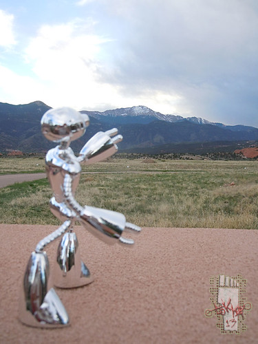 MEMORIAL DAY 2013 :: Fugitoid at the Foot of Pikes Peak