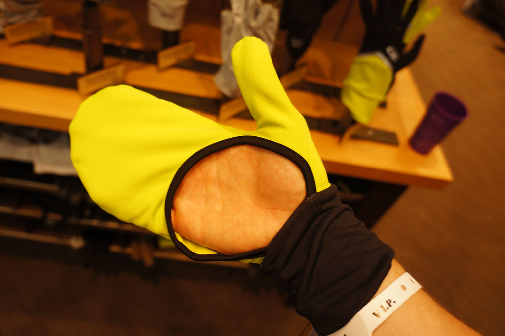 Outdoor Research Hot Pursuit Wrist Warmers