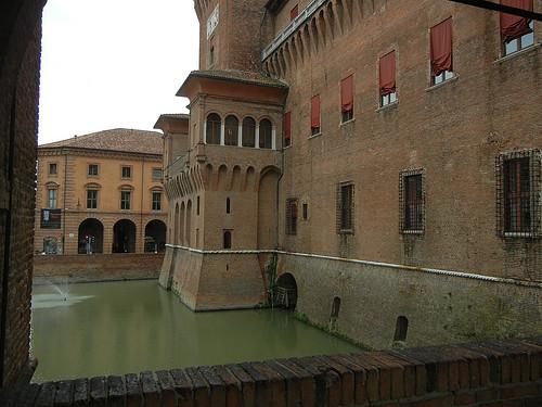 DSCN4288 _ Castello Estense, Ferrara, 17 October