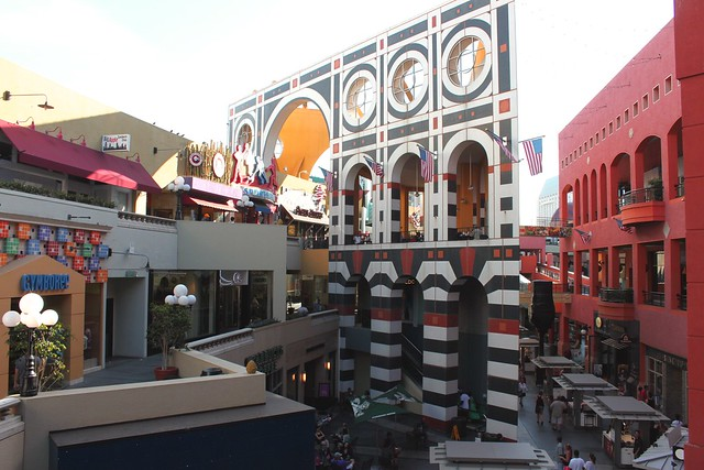Shopping: San Diego's Horton Plaza is your one-stop shop for all your shopping desires as it features large department stores like Macy's and Nordstrom, shoe stores such as Nine West, Foot Locker and Vans in addition to various electronic, fashion and cosmetic stores.