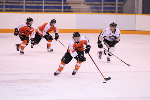 Hockey S Winning Streak Snapped In Cheney Washington Tru Wolfpack