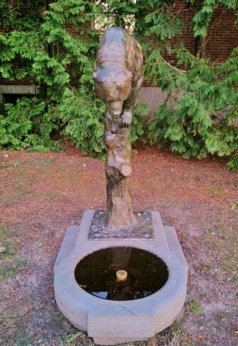 Bärenbrunnen by ArtFan70