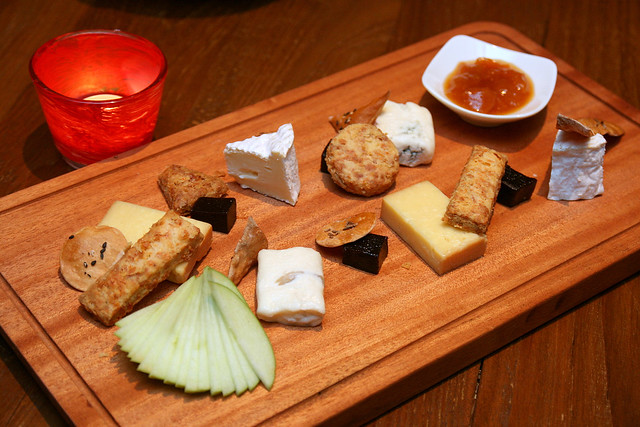My kind of dessert - a selection of hard, soft and blue cheese (90g) with quince, chutney, housemade biscuit and lavosh