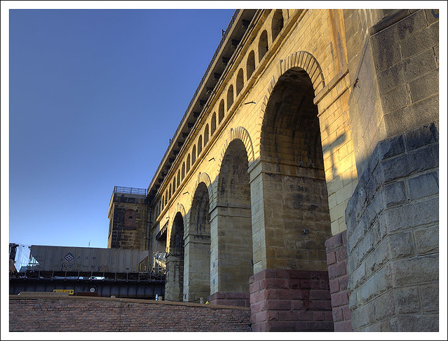 Under Eads Bridge 2014-01-11 3