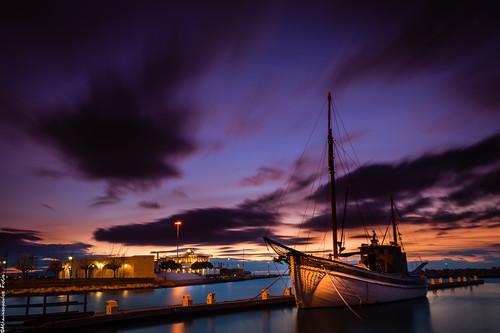 longexposure sunset sea sky clouds boats pier nikon greece goldenhour cpl hoya lightroom patra ndx8 d3200 ndx400