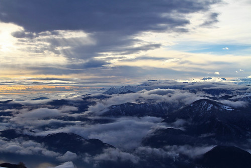 La leggerezza delle nuvole by Claudio61 una foto ferma un ricordo nel tempo