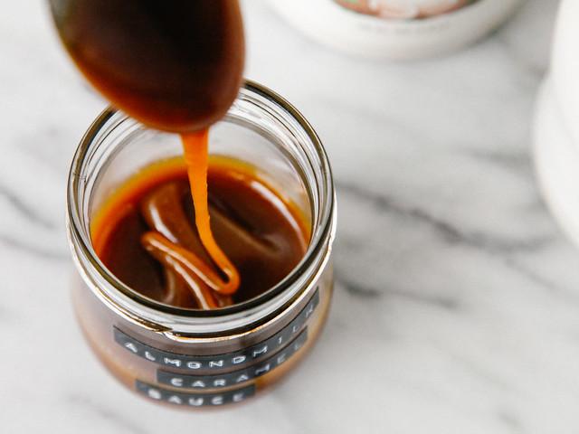 Almondmilk caramel sauce