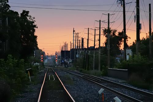 d300 edk7 2008 canada ontario brampton downtown cn railroad railway track sunset nikonnikkor18200mmf3556gedifafsvrdx