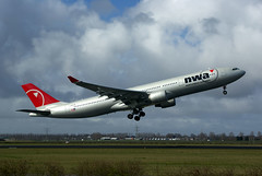 A330 N807NW NW 4