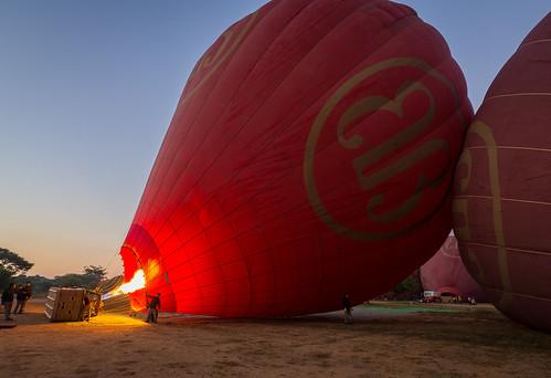 bagan myanmar burma southeastasia asia traveling backpacking olympus omd omdem10 travel sunrise ballooning balloon hotairballoon goldenhour golden fire 918mm