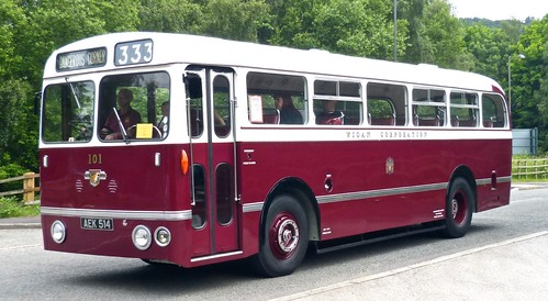 AEK 514 'Wigan Corporation No. 101 Leyland Royal Tiger / Northern Counties on Dennis Basford's 'railsroadsrunways.blogspot.co.uk'